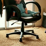 How to Buy a New Desk Chair: The In-Store Sit Test