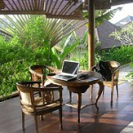 The Smarter Home Office Al Fresco: 10 Tips to Improve Your Laptop Battery Life